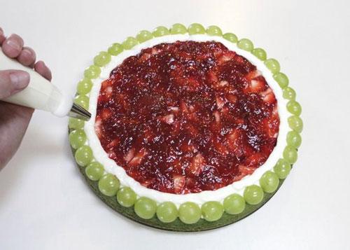 پیتزای میوه ای به شکل هندوانه مخصوص شب یلدا