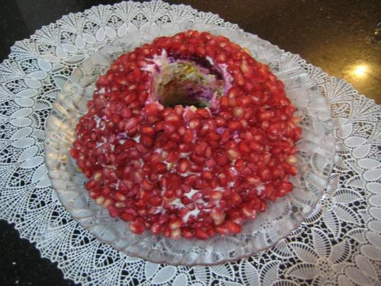 سالاد انار به شکل حلقه ، برای شب یلدا  تصاویر مراحل درست کردن این سالاد