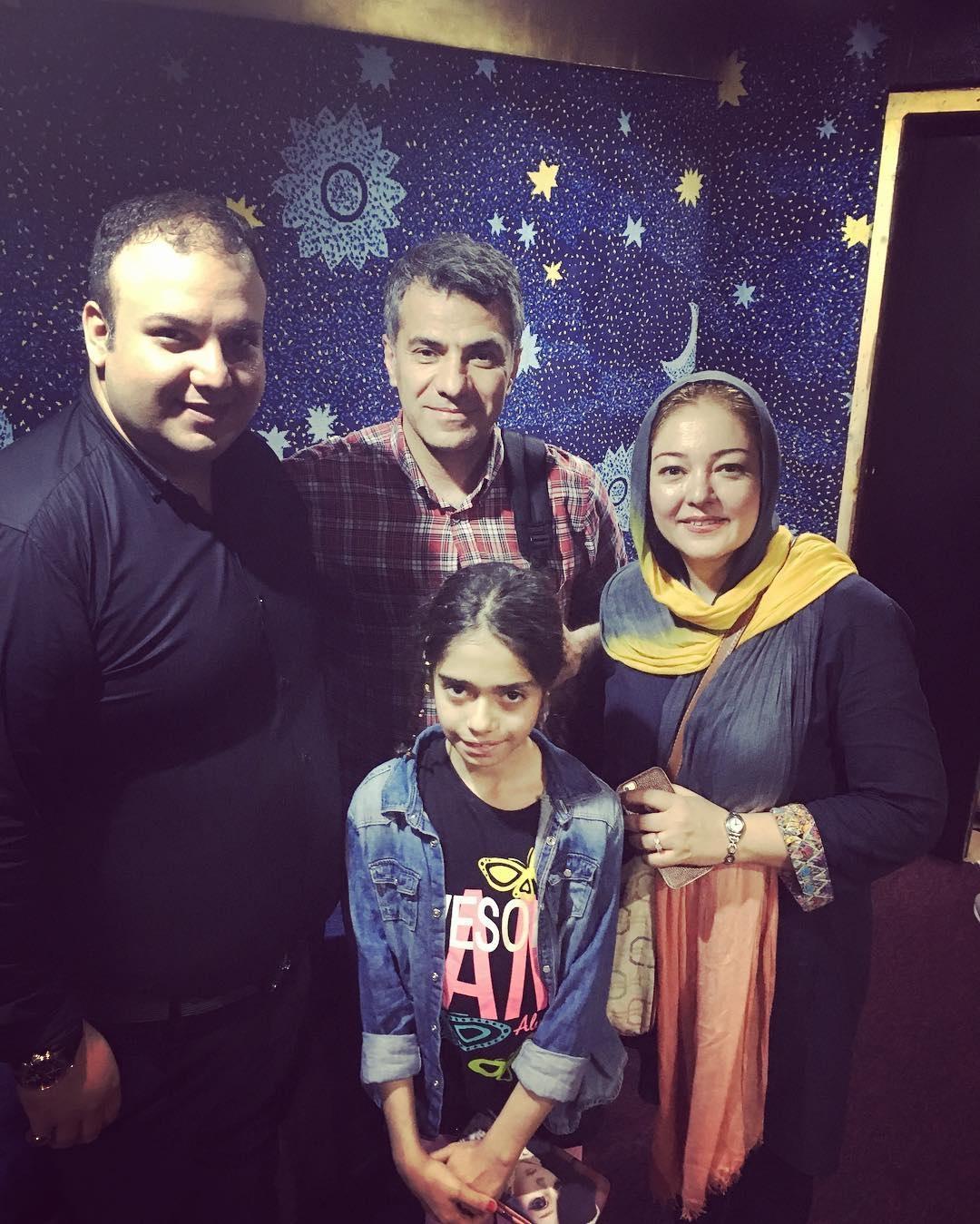 رزیتا غفاری به همراه همسر خود و دخترش