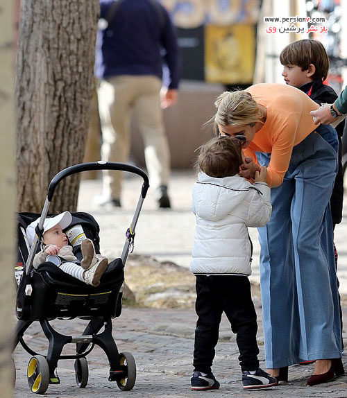 ایوانکا ترامپ و شوهر و سه فرزندشان در حین گردش در شهر کلورادو