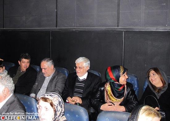 عارف و همسرش میان سینماییهای مشهور