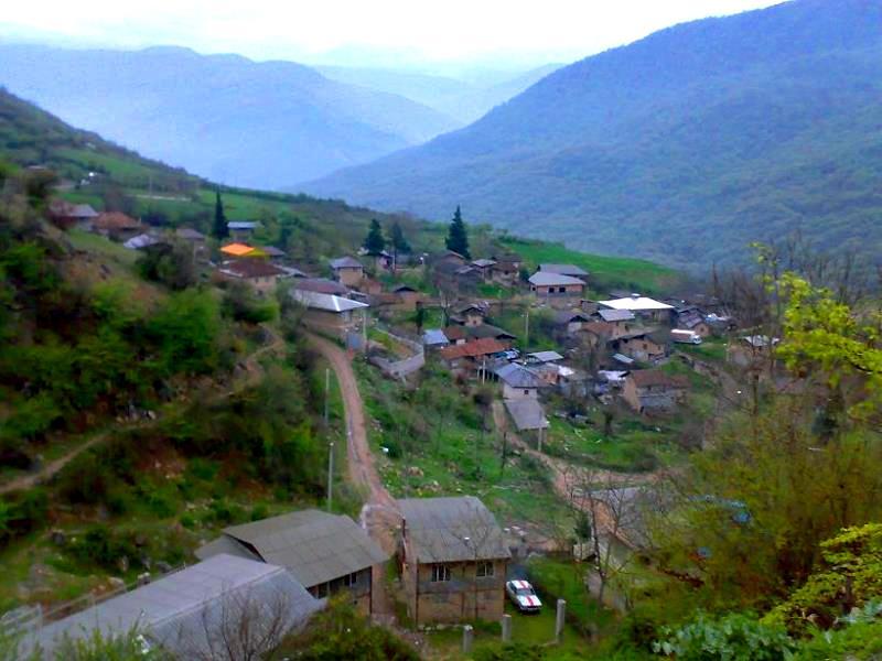 روستای افرا تخته انبوهی از جنگل های بکر و دیدنی را اینجا ببینید