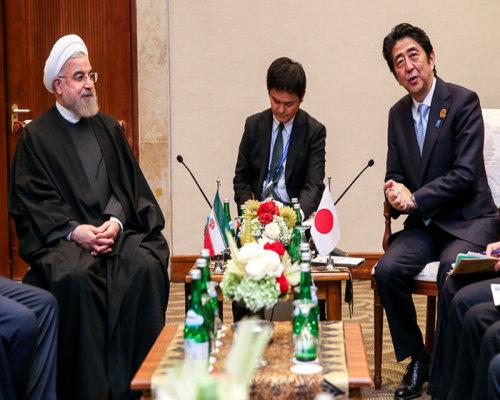 دیدار نخستوزیر ژاپن با روحانی