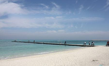 پارک ساحلی مرجان یکی از زیباترین مراکز دیدنی کیش تصاویر