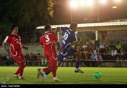 مسابقه فوتبال ستارگان