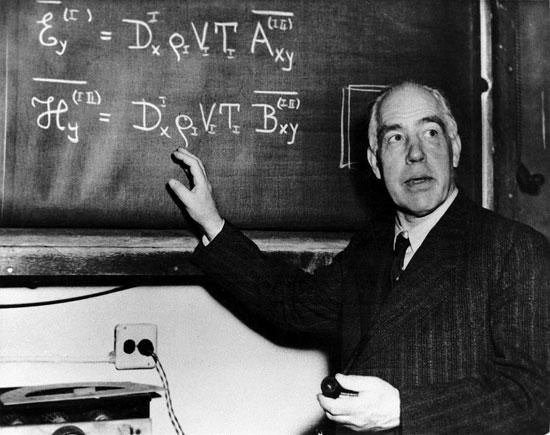 زندگینامه نیلز هنریک دیوید بور(بوهر) معروف به نیلز بور ، فیزیکدان معروف دانمارکی