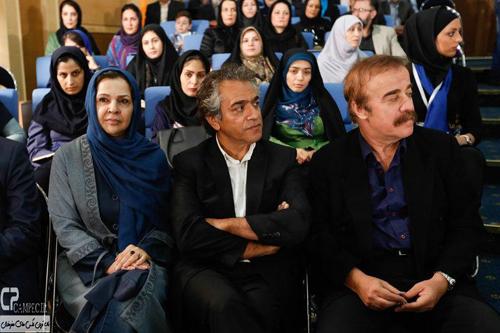 دیدار جمعی از هنرمندان و بازیگران مشهور با رییس جمهور
