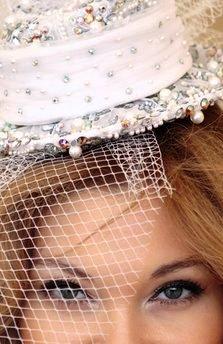 عکس : لباس عروسی که در گینس ثبت شد