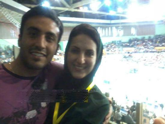 بازیگر زن ایرانی در ورزشگاه آزادی