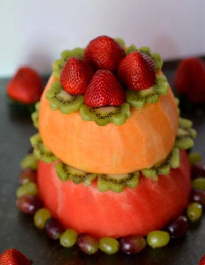 آموزش تهیه کیک تولد میوه ای