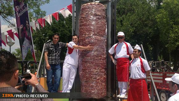 بزرگترین کباب ترکی جهان گینسی شد عکس