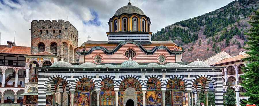 بزرگترین و مشهورترین صومعه ارتودوکس شرقی در بلغارستان, رایلا