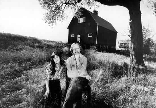 ریچارد براتیگان نویسنده بنام آمریکایی و آثار و زندگیش را بشناسید