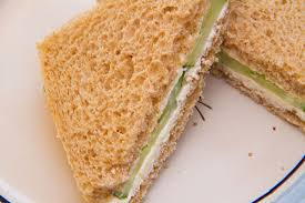 طرز تهیه ساندویچ خیار