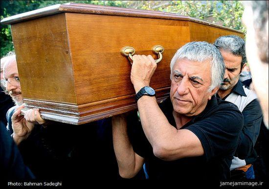 سری جدید عکس های بازیگران و هنرمندان در مراسم تشییع پیکر داود رشیدی
