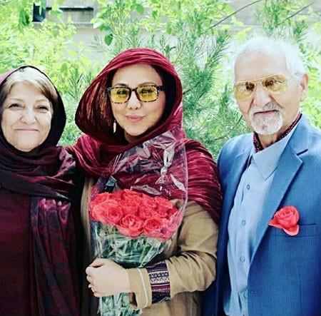 بازیگران و چهره های مشهور در کنار پدر و مادرهایشان