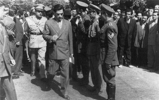 مروری بر زندگی عبدالحسین وثوق همایون مشهور به هژیر نخست وزیر یک چشم