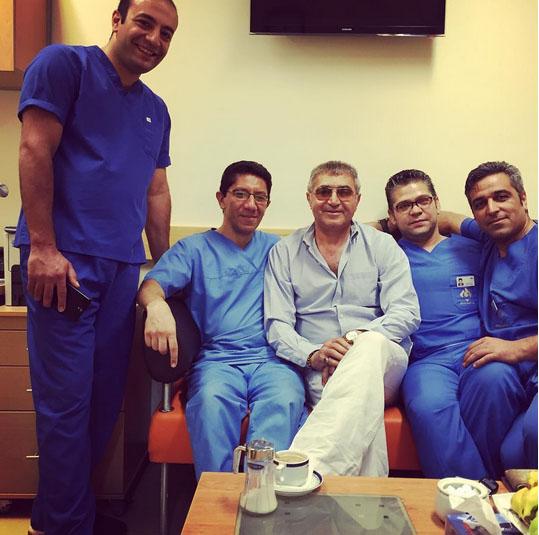 فریدون آسرایی دچار سرطان حنجره شد و مورد عمل جراحی قرار گرفت
