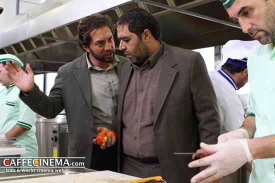 بهرام رادان و مهناز افشار در پشت صحنه فیلم پل چوبی