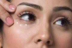 13 راه حل برای رهایی از سوزش پوست بعد از اصلاح