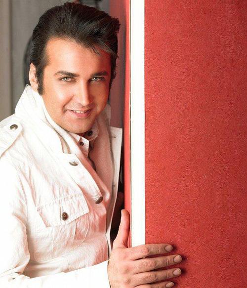 شباهت عجیب یک بازیگر مشهور ایرانی به خواننده آمریکایی