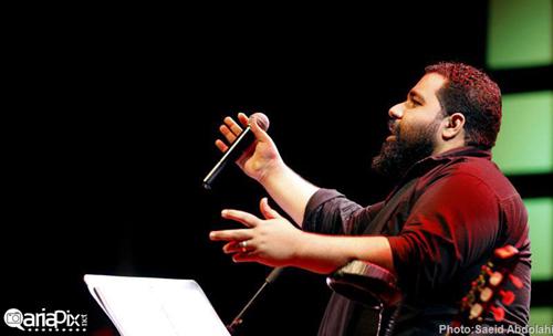 کنسرت جدید رضا صادقی با حضور اسطوره های فوتبال
