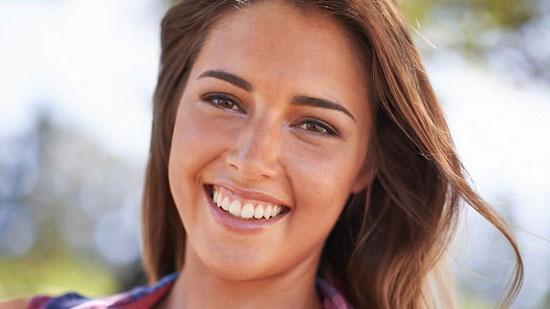 ترفندهایی برای آرایش طبیعی و ثابت در ماههای تابستان