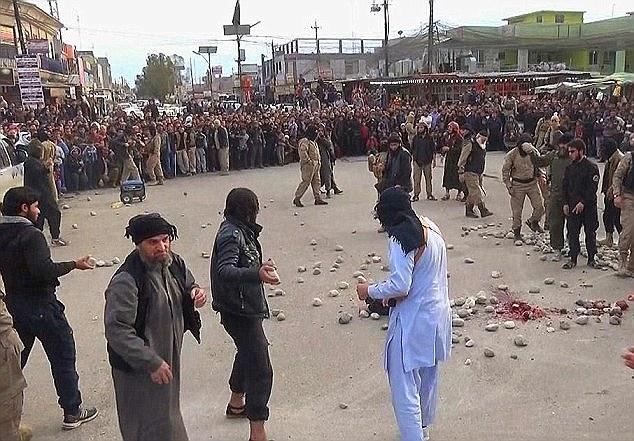 سنگسار چهار زن توسط داعش
