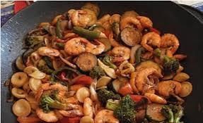 طرز تهیه خوراک قارچ رنگین