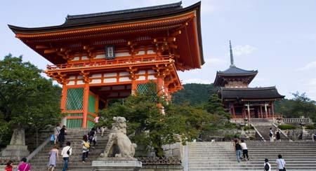 برای داشتن سفر ارزان به ژاپن این کارها را انجام دهید
