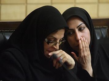 طنز/ کادوی علی لاریجانی برای روز زن  عکس