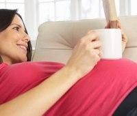 مسافرت هوایی برای زنان باردار و نکات پیرامون آن