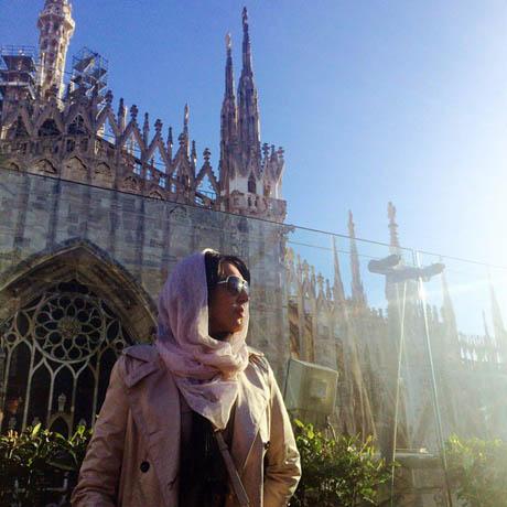 عکس زیبا و متن تکاندهنده لیلا بلوکات در کلن آلمان