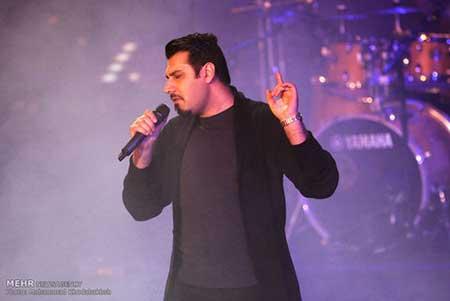 کنسرت احسان خواجه امیری در جشنواره موسیقی فجر