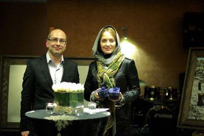 عکسهای نزدیک و شخصی از مهناز افشار و بهرام رادان