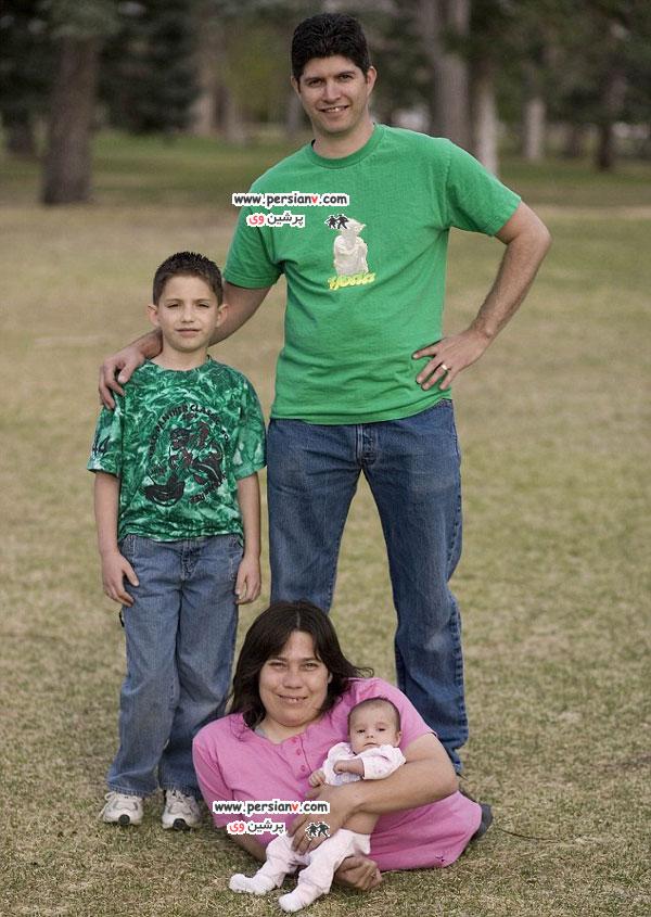 مادر دو فرزند با نصفه تنه عکس