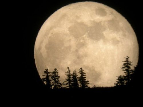 اعتقادات مردم درمورد ماه شب چهاردهم