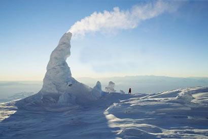 کوه آتشفشان یخی دیده بودید؟!! تصاویر