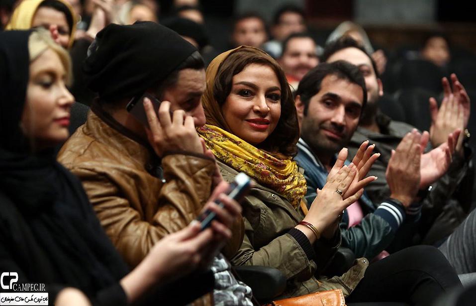 حضور جواد عزتی و همسرش مه لقا باقری در اکران فیلم در مدت معلوم
