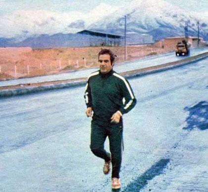 گفت و گوی بسیار جالب با ناصر ملک مطیعی در مورد زندگی خصوصیش / او عاشق کوهنوردیست