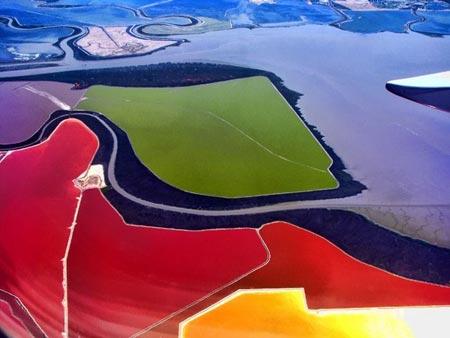استخرهای رنگارنگ شگفت انگیز ترین مناطق دنیا