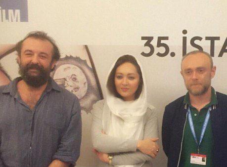 عکس های جدید نیکی کریمی در کنار پدر و مادرش در ترکیه