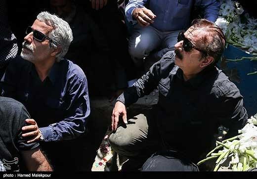 عکس های دو کارگردان مشهور در قبر شهدا
