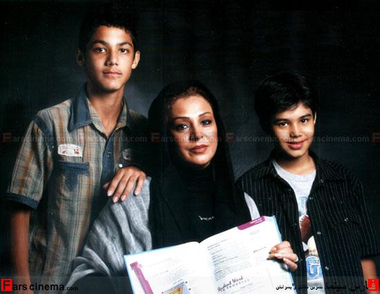بهترین بازیگر زن سریال «مختارنامه» به اتفاق همسر و فرزندان عکس