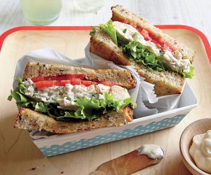 طرز تهیه یک ساندویچ فوری و خوشمزه