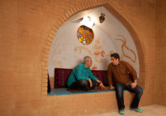 گفتگو با شهاب عباسی ، مرد طناز خنده بازار و شکرآباد