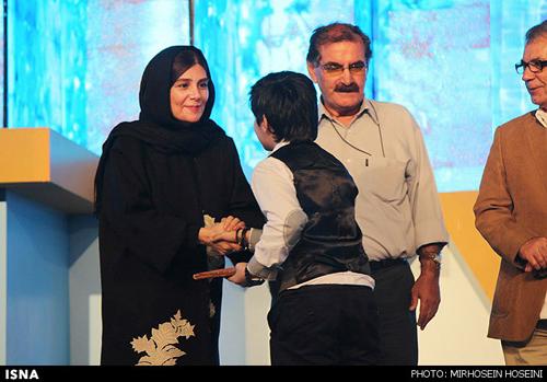 بازیگران در مراسم اختتامیه جشنواره فیلم کودک و نوجوان-اصفهان