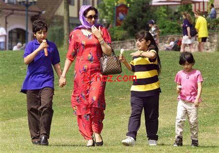 عکس : بی نظیر بوتو و فرزندانش