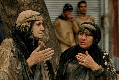 چایینه زنان از مراسم عزاداری مردم ایلام در ماه محرم