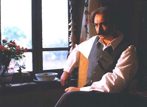 محمود پاک نیت در نقش مرد دو زنه ، سندرم تولید هوو !